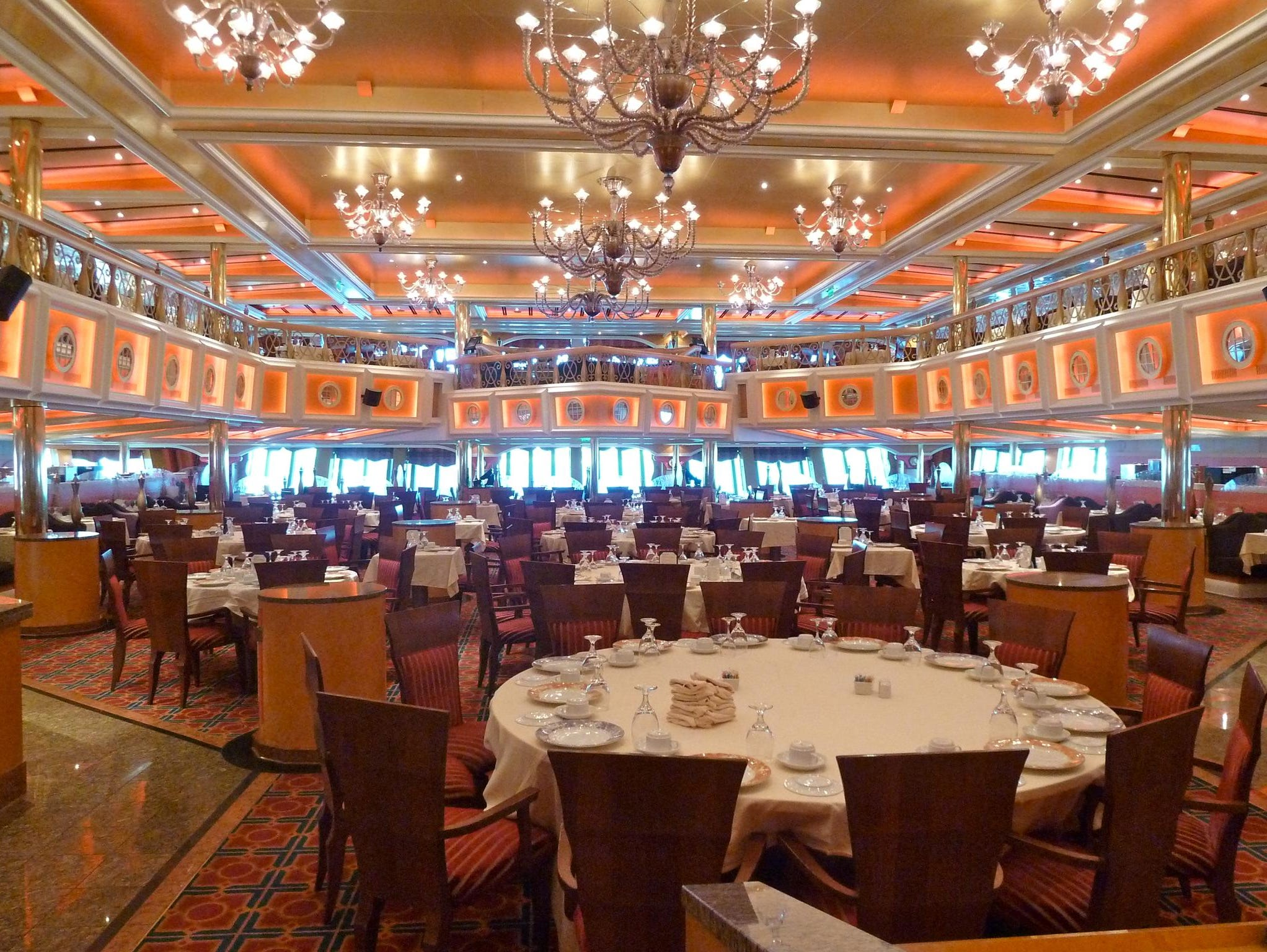 Here is a view of the Washington Dining Room from a Deck 3 perspective.