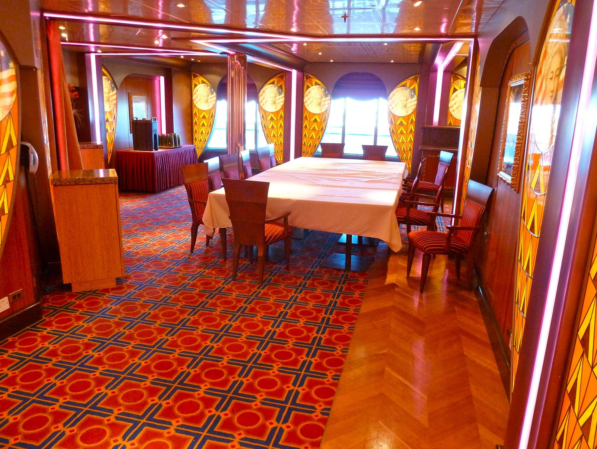 The Betsy Ross Room is a 28-seat annex on the forward/port side of the Lincoln Dining Room.