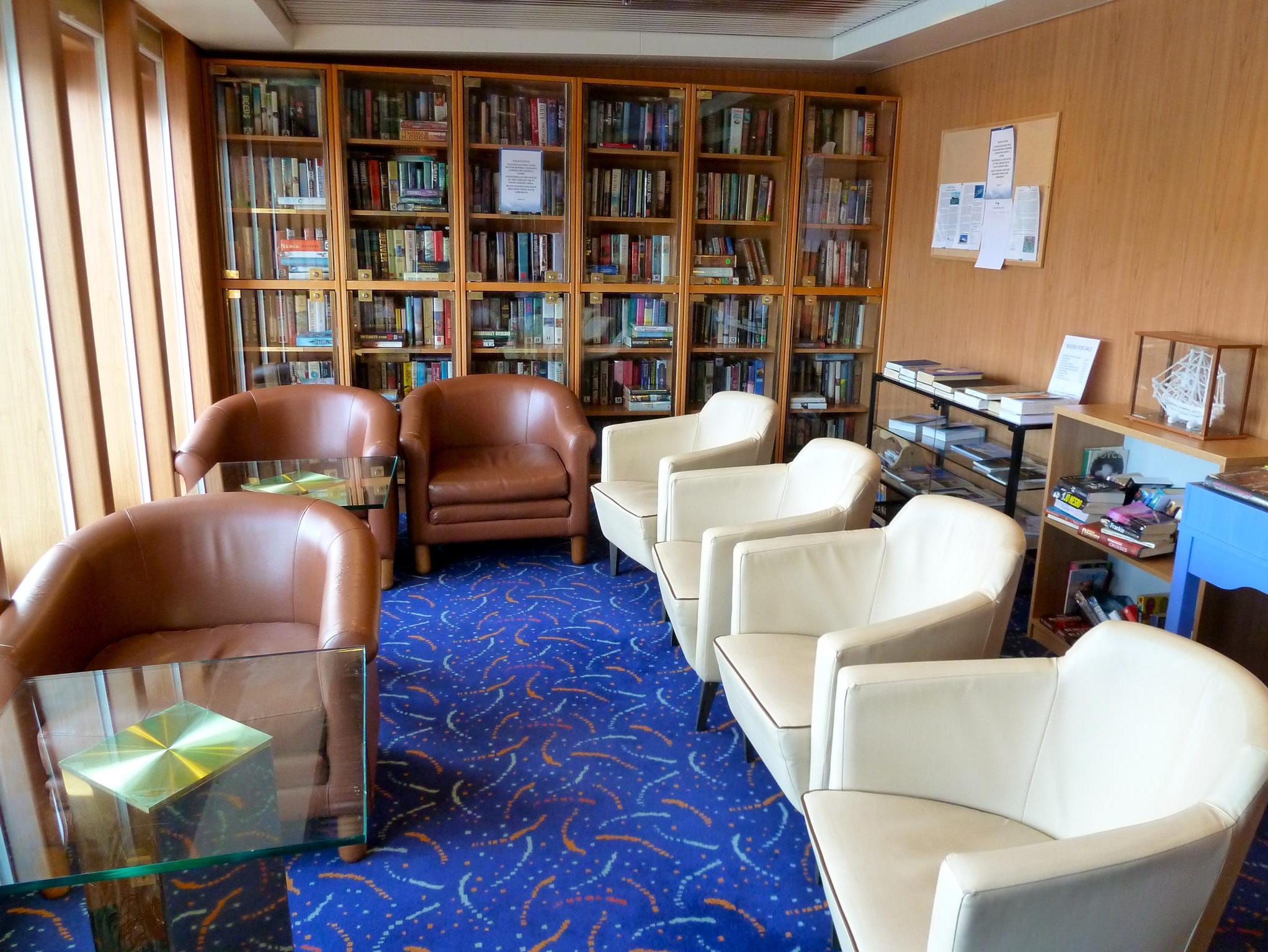 On the starboard side of Magellan Deck, there is a 16-seat Library that is stocked with travel books and DVDs, best sellers and classics.