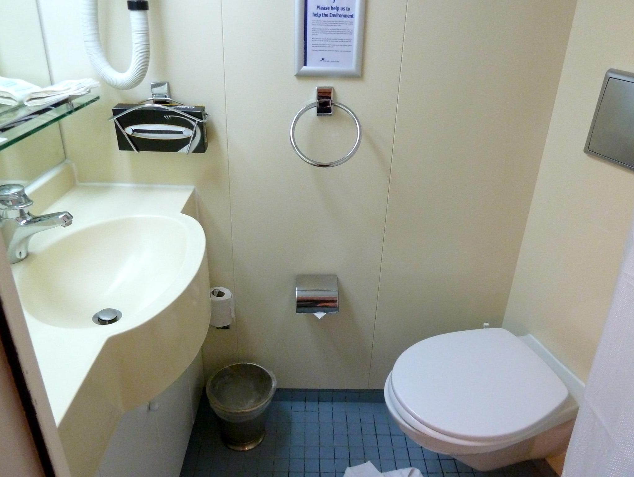 Most non-suite cabins on the Marco Polo have modular bathrooms with sink, toilet and shower.