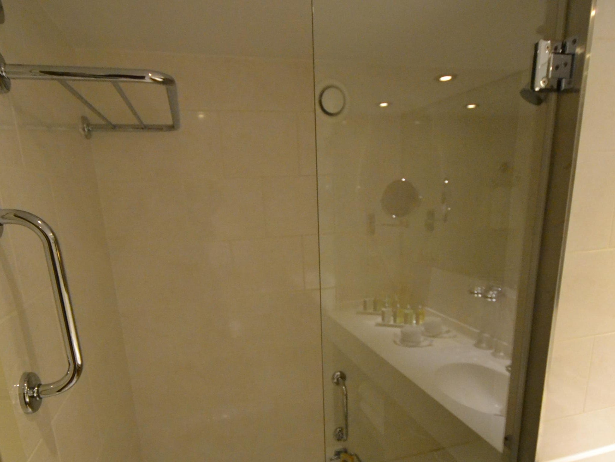 Deluxe Suite bathrooms have bath tubs that double as showers.