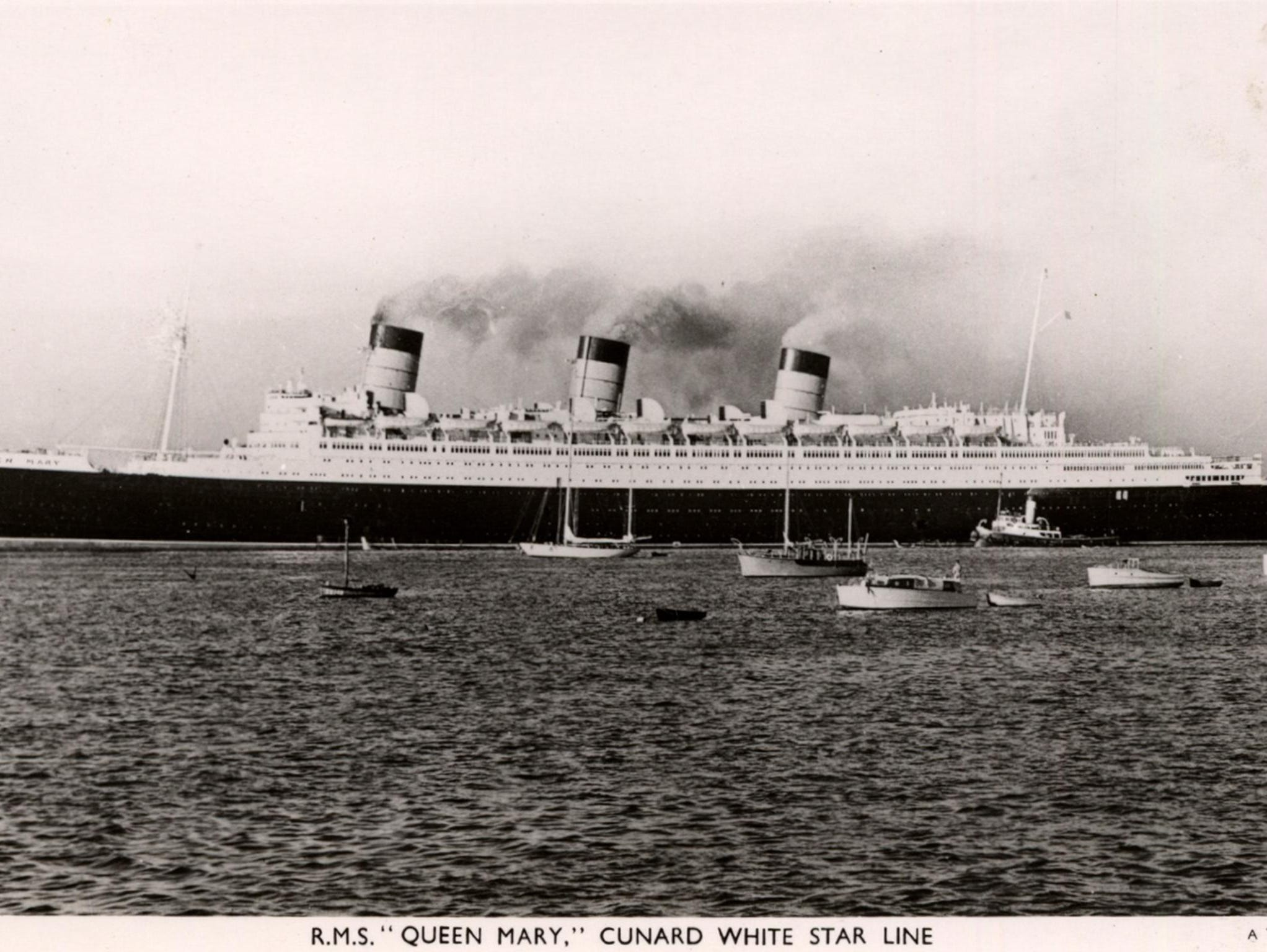 The Queen Mary measures 81,000 gross tons and has a length of 1,019 feet with a beam of 118 feet. As built, it carried 776 Cabin (later named First) Class, 784 Tourist (later named Cabin) and 579 Third (later named Tourist) Class passengers and was powered by steam turbines that drove four large propellers.