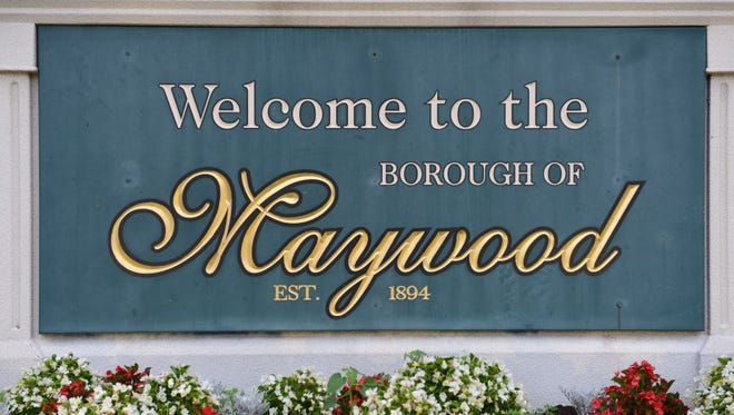 Borough of Maywood welcome sign.