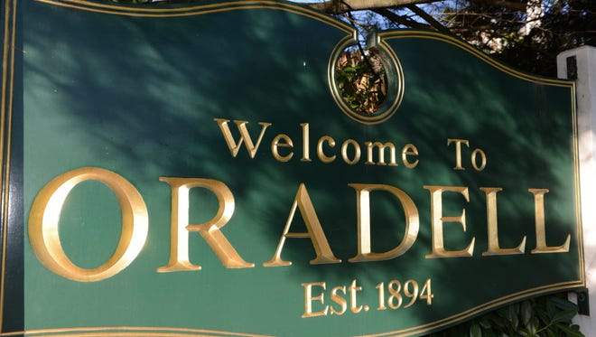 Oradell welcome sign