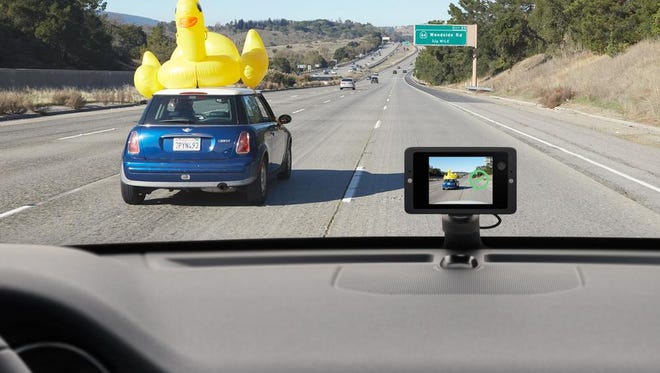 Owl can capture those funny moments on the road.