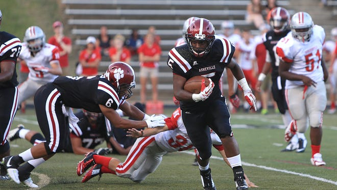 Asheville High's Reggie Battle and the Cougars are in the NCPreps.com 3-A state football poll.