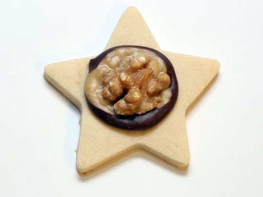 Chocolate Caramel Nut Stars