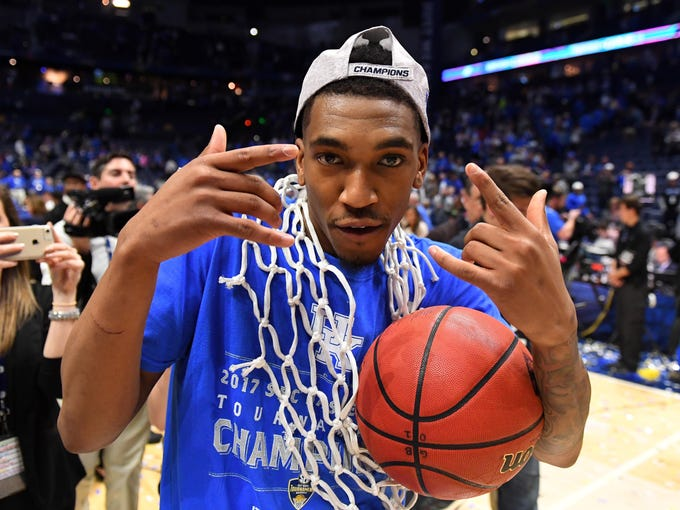 Kentucky guard Malik Monk celebrates after cutting