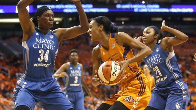 DeWanna Bonner is back with the Mercury.