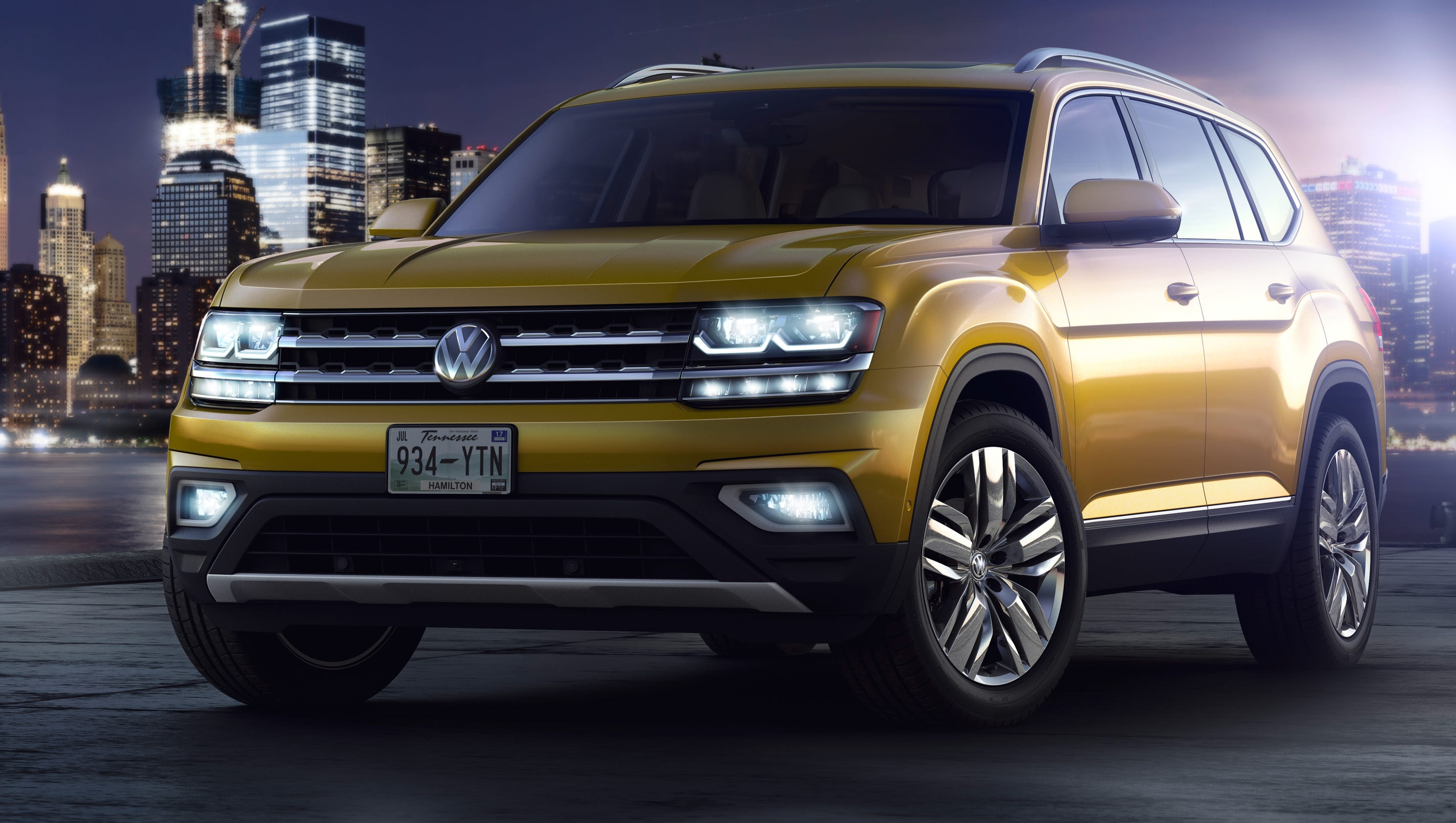 volkswagen unveils new 2018 atlas its largest suv for u s. Black Bedroom Furniture Sets. Home Design Ideas