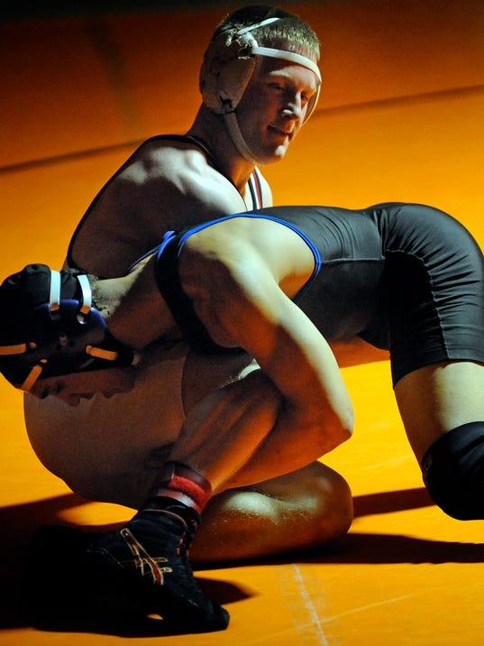 MAN s 0208 OC Wrestling 01587.JPG