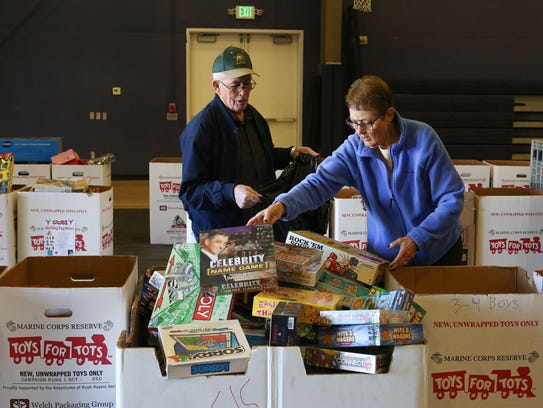 Toys For Tots Pickup : Twentynine palms marines collected toys for kids
