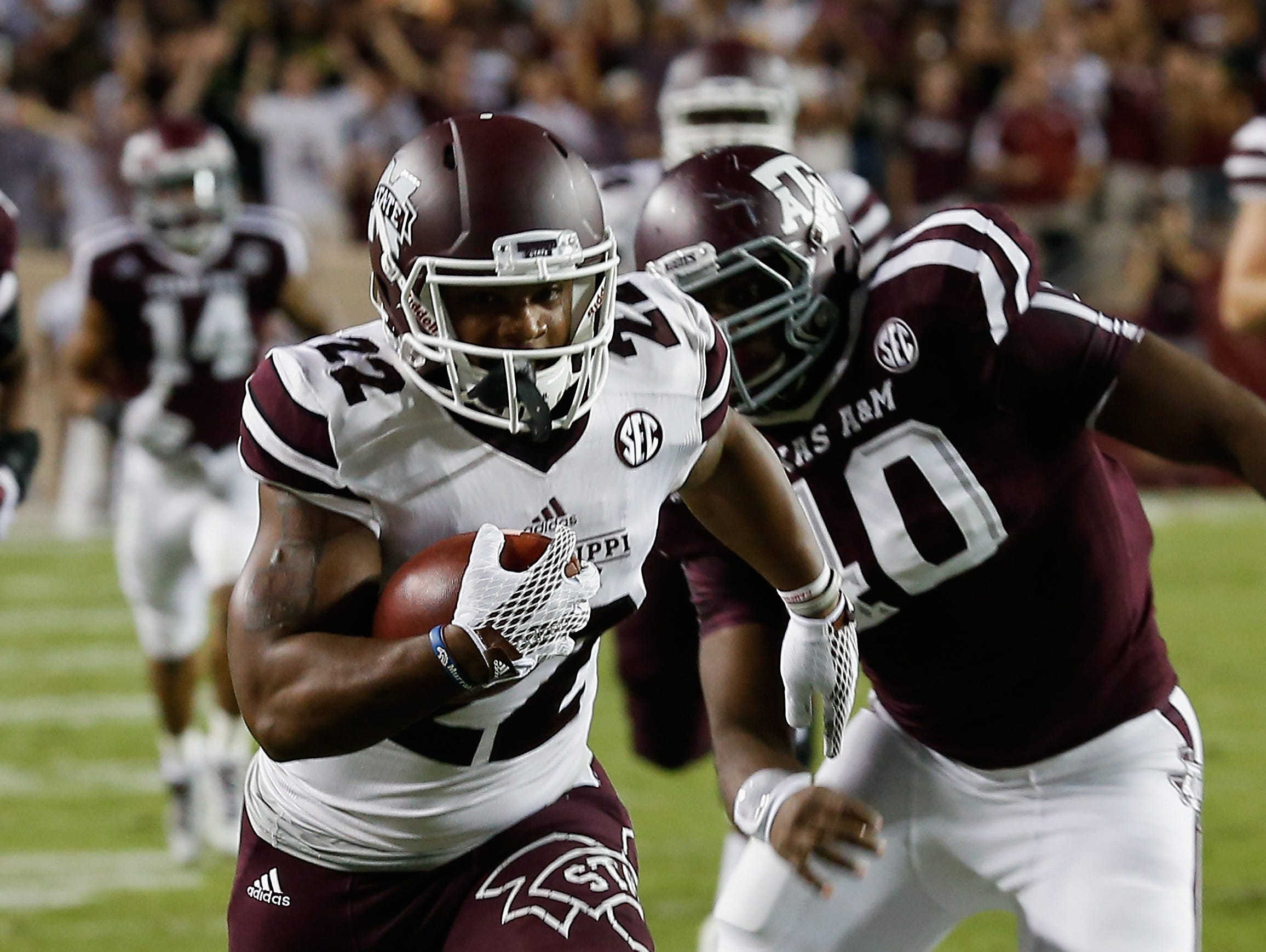 Mississippi State freshman Malik Dear scored Mississippi State's first touchdown of Saturday's 30-17 loss at Texas A&M.