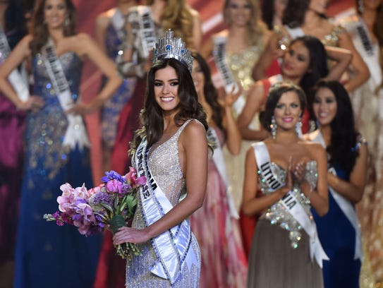 Miss Colombia Paulina Vega  is crowned Miss Universe