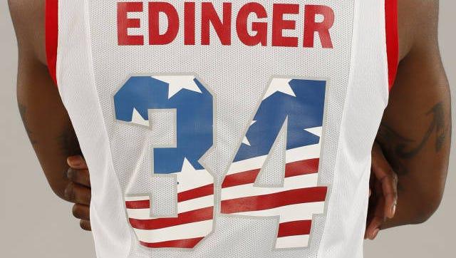 Alfonzo McKinnie will wear a jersey honoring Marine Sgt. Benjamin Edinger of Green Bay.
