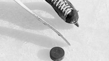 Toronto Furies hockey player Jessica Platt came out as transgender on Thursday.