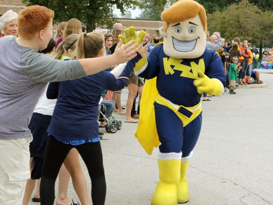 Kettle Moraine HS Homecoming