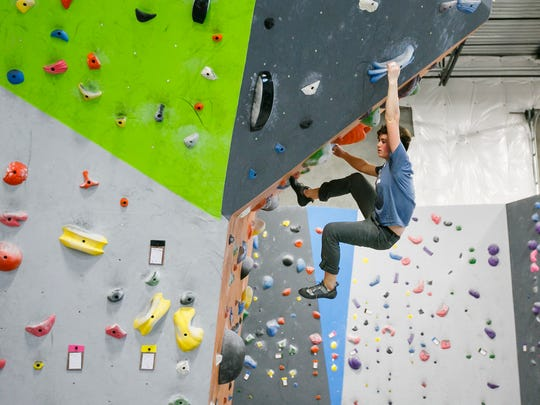 JoinUSAC and more than 40 competitors for thisyouthclimbing event.