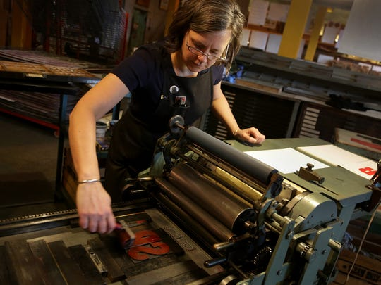 Lee Marchalonis, printer in residence at Signal-Return
