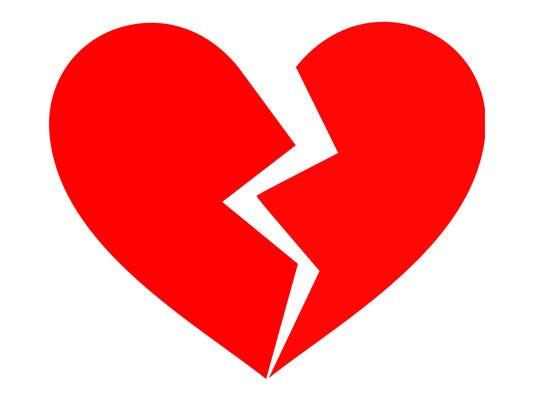 635785968389909899-broken-heart-clipart-black-and-white-KijgEd4iq-copy