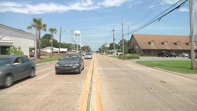 Lafayette government officials are working on a project that will make a stretch of Bertrand Drive a lot easier to access for cyclists and foot travelers.