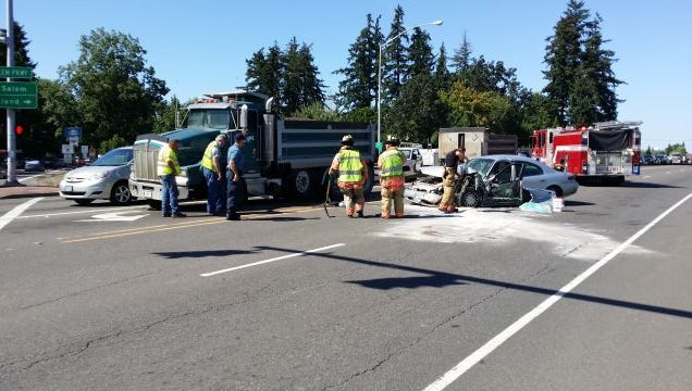 Salem Parkway crash.