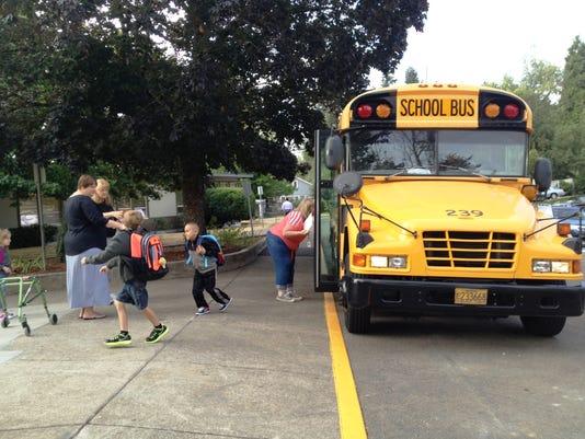 -schoolbus.JPG_20130904.jpg