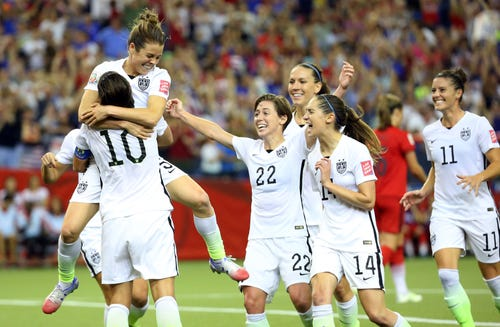 U.S. downs Germany, earns trip to Women's World Cup final