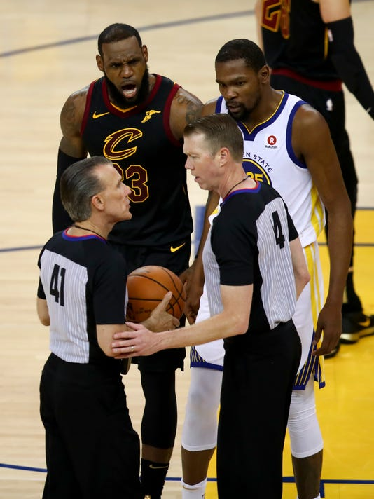 NBA_Finals_Cavaliers_Warriors_Basketball_83604.jpg