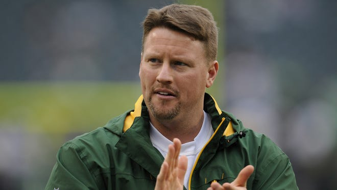 Green Bay Packers tight ends coach Ben McAdoo against the Philadelphia Eagles during a recent game at Lincoln Financial Field in Philadelphia. Photo by Evan Siegle/Press-Gazette