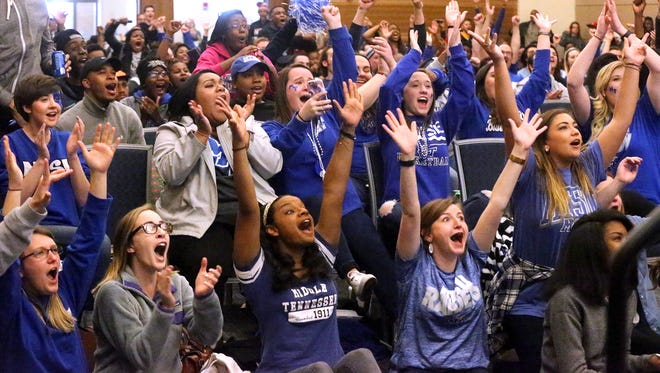 MTSU students cheer on the Raiders during the NCAA game against Syracuse during a watch party in the Student Union Building on Campus, Sunday March 20, 2016.