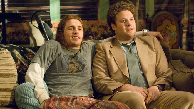 """In this photo provided  by Columbia Pictures, James Franco, left, and Seth Rogen are shown in a scene from the  action-comedy """"Pineapple Express"""". (AP Photo/Columbia Pictures,Darren Michaels) ** NO SALES **  ORG XMIT: NYET104"""