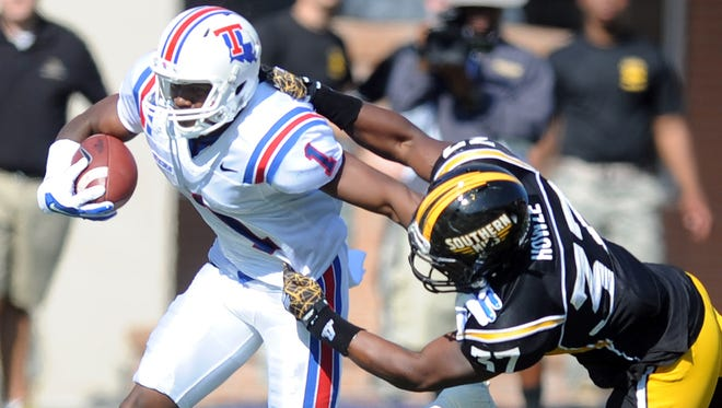 Louisiana Tech debuted all white helmets in last Saturday's win over Southern Miss for the first time since 1967.