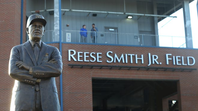 A statue of former MTSU baseball player and benefactor Reese Smith Jr. was revealed Tuesday in front of the baseball field also bearing his name.