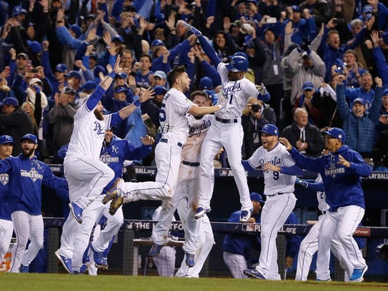 Los Reales de Kansas City vencieron en 14 innings a