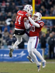 Louisiana Tech Bulldogs quarterback Ryan Higgins (14)