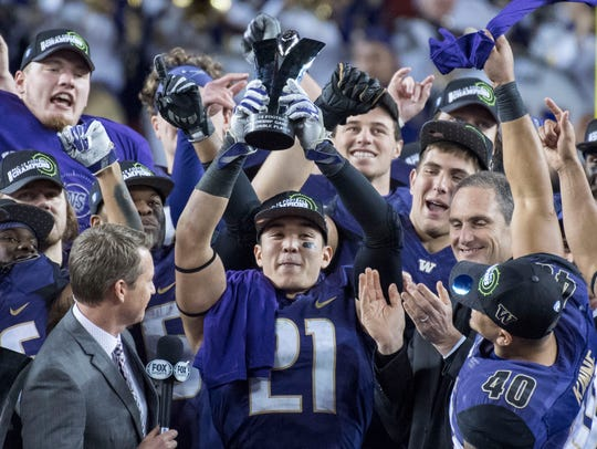 Washington Huskies defensive back Taylor Rapp (21)