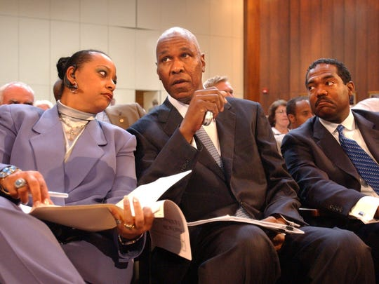 Then-Mayor Willie Herenton, center, talks with Gale Jones Carson, left, and city of Memphis CAO Keith McGee on June 7, 2005. Herenton, now 79, is making another run for the city's highest office.