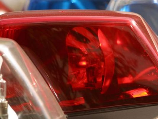 635503758491582086-policelights