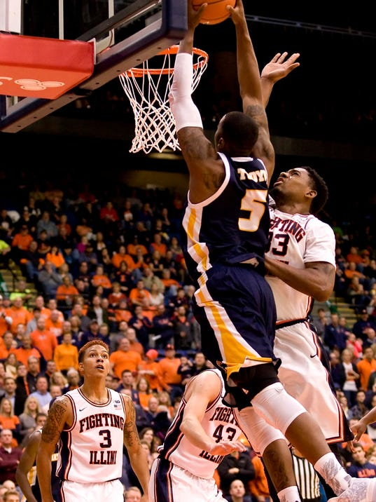 NCAA Basketball: Chattanooga at Illinois