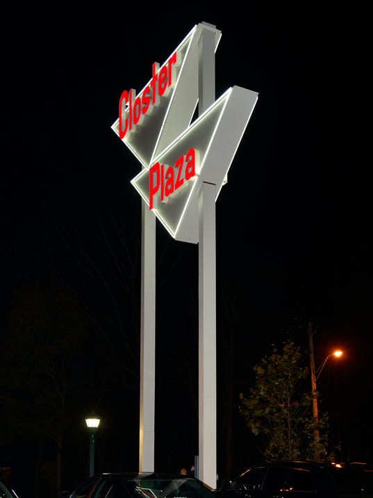636469485050640229--8004038---Lit-Closter-Plaza-sign---8x10.jpg