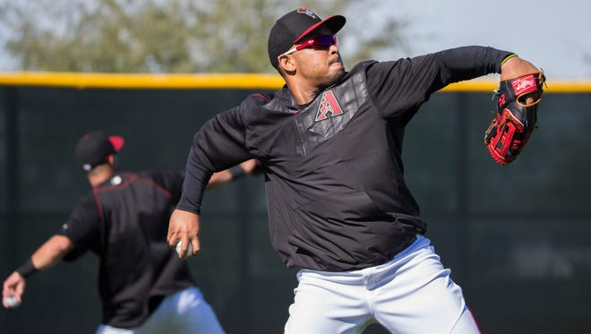 Diamondbacks' Yosmany Tomas performs some drills during the first full squad day of spring training at Salt River Fields at Talking Stick on Tuesday, February 23, 2016.
