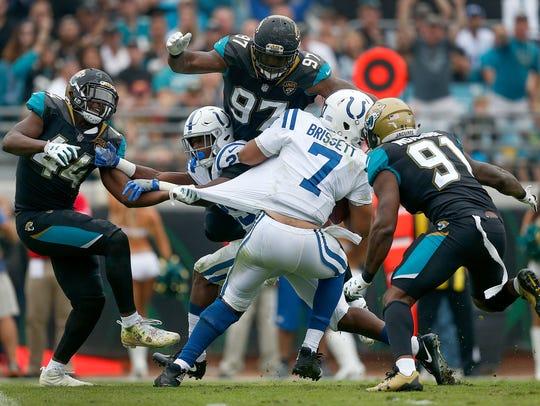 Indianapolis Colts quarterback Jacoby Brissett (7)