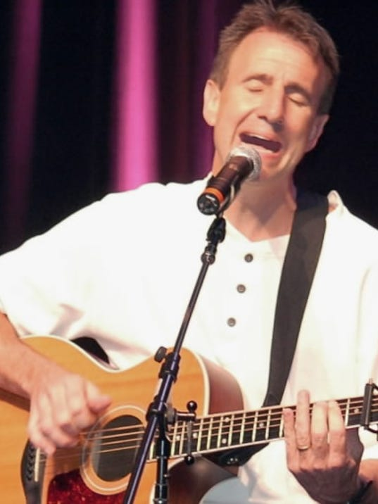 Mark Cable, an acoustic guitarist, singer and father of six, hopes to inspire audinces at Christian concerts at churches, colleges and conferenc.