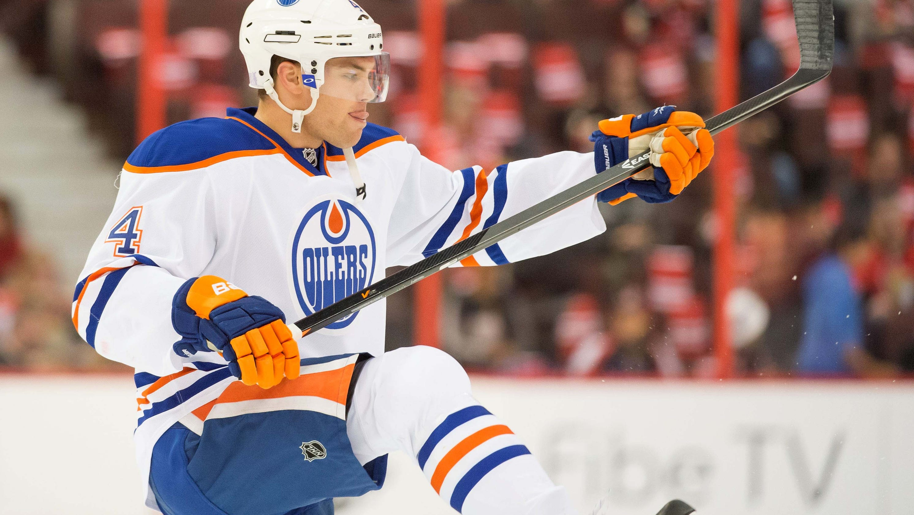 Oilers' Taylor Hall suffers another injury