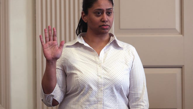 Antionette Stephen is sworn in before being questioned by the defense outside of the jury's presence before her testimony during the murder trial of former lover Kashif Parvaiz, accused of killing his wife Nazish Noorani in August 2011. February 17, 2015. Morristown, N.J. Bob Karp/Staff Photographer.