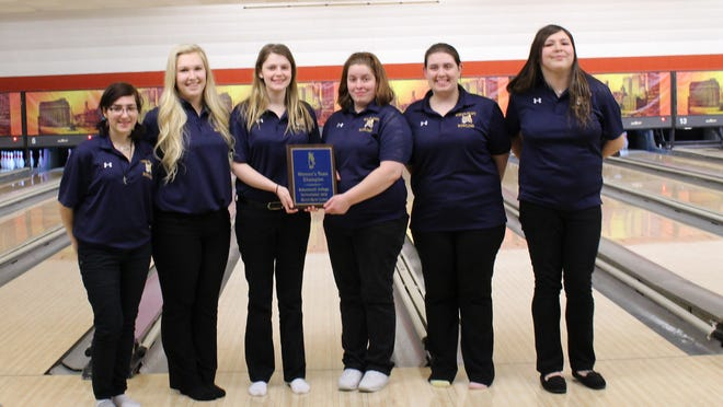 Schoolcraft's women's bowling team celebrates winning Friday's Schoolcraft invitational at Merri-Bowl Lanes in Livonia. From left are Ameera Sirhan, Bianca Greco, Ella Kearney, Bethany McCormick, Yvette Ayers and Angela Rodriguez.