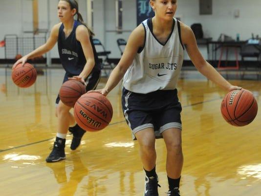 enka girls basketball feature_b.jpg