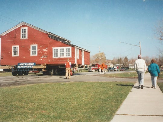 The Pioneer House on the move in 1995.