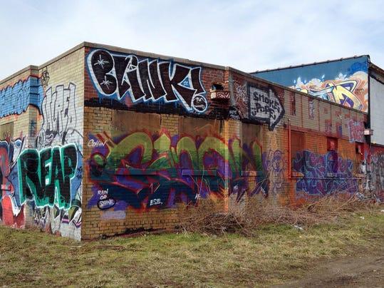 -graffiti-0314-Dawn4.jpg_20130314.jpg